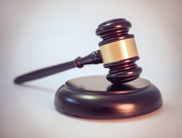 Gavel-Legal-Flickr-Reuse-Label-696×527
