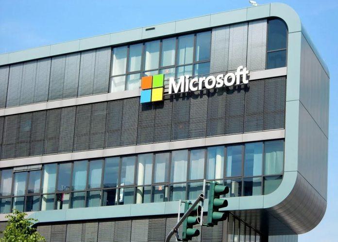 Microsoft-Cologne-Office-Pixabay-696×524