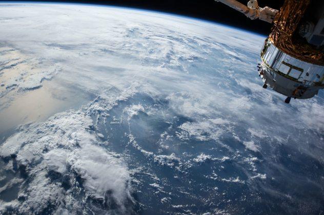 Satelitte-Cloud-Pixabay-632×420